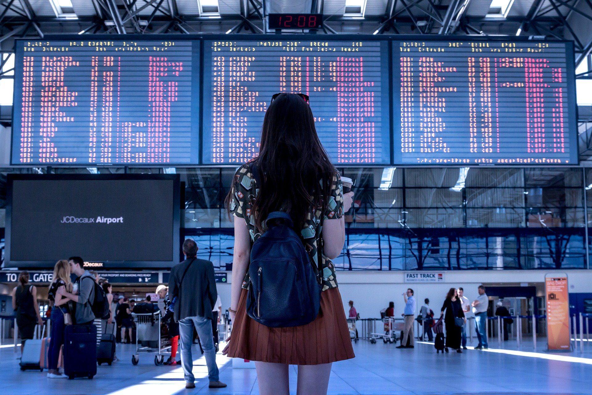 Viajes y criptomonedas