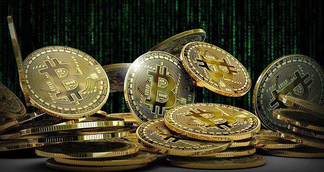axa bitcoin aseguradora