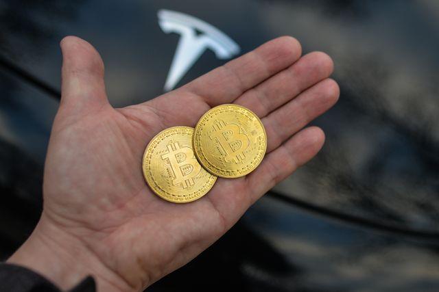 Tesla retomará los pagos en Bitcoin cuando se mine con más energía limpia